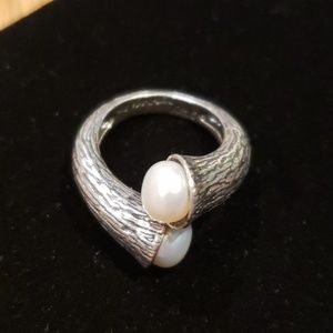 Vintage Sterling and pearl ring from Israel